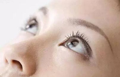 黑眼圈产生的四大诱因,教你如何避掉它