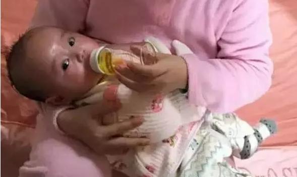泡浴泡好我宝宝的湿疹!